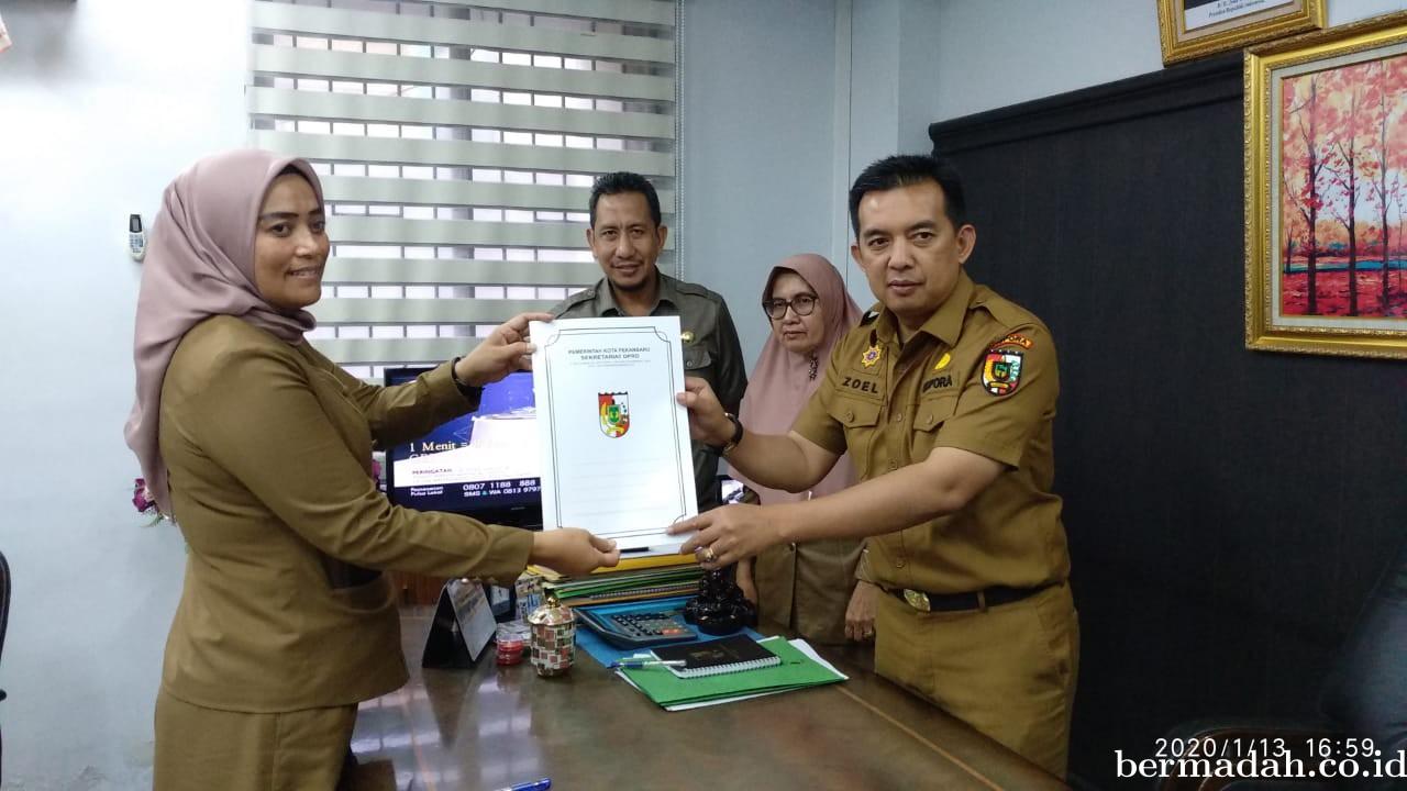4 Kabag Sertijab di Sekretariat DPRD Pekanbaru