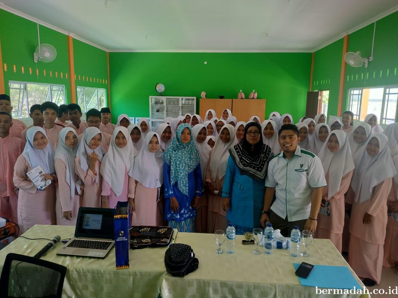 Prodi HI Fisipol UIR Adakan Seminar Motivasi Pendidikan