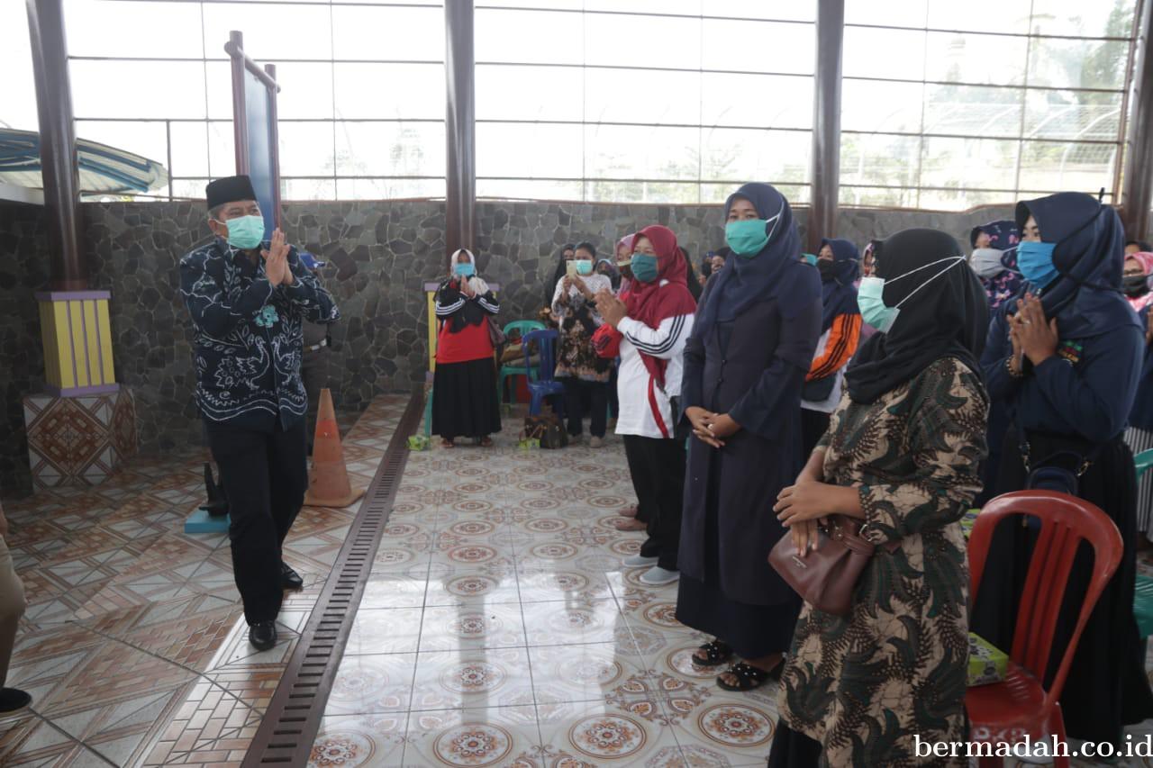 Bupati Alfedri Ajak Kader PKK dan Posyandu di Kandis Putus Penyebaran Covid-19
