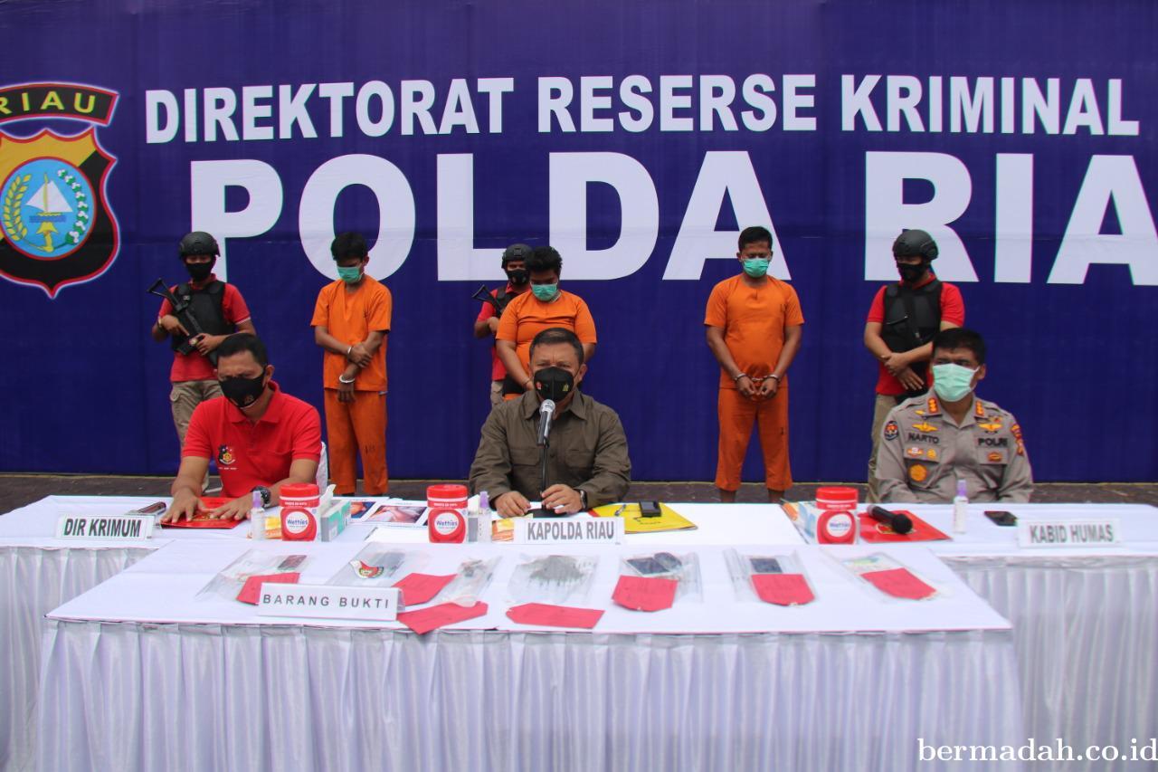 Polda Riau Ungkap Pelaku Tindak Pidana Pembakaran Kendaraan di Tambusai Utara