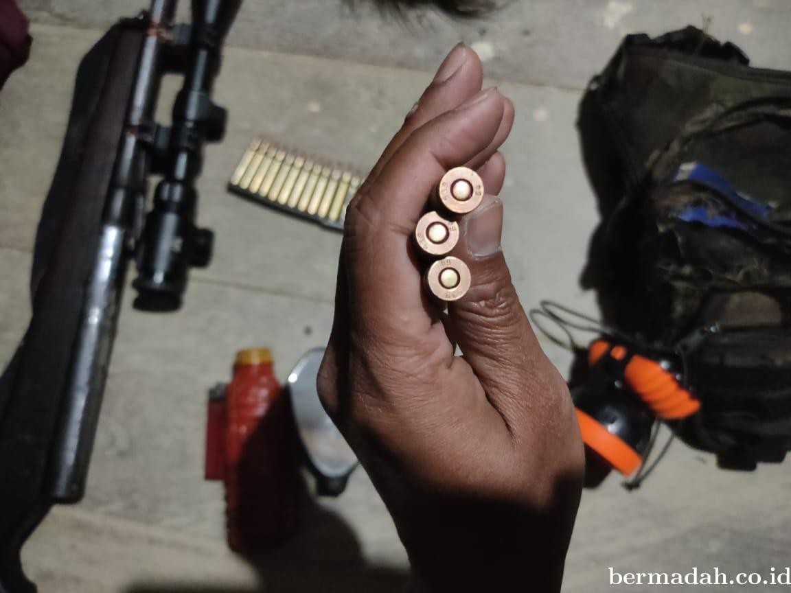 Satu Jam Baku Tembak di Papua, TNI Rebut Senpi Anggota KKSB